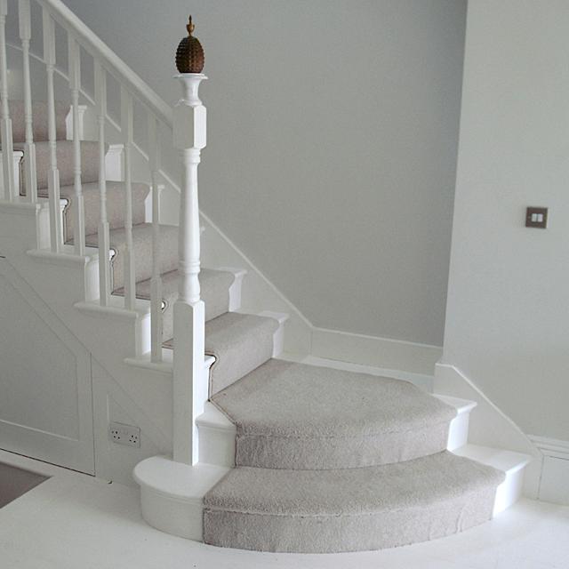 white_stairs_3