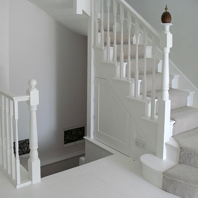 white_stairs_4